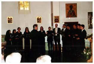 Der Kathedralchor unter Leitung von V.V.Ciolkovitch anläßlich des Vorstellungs-Empfangs zu Ehren von Bischof Agapit